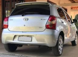 Vendo Toyota Etios X 1.3 - 2016