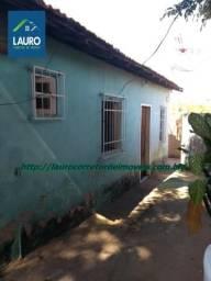 Vende-se uma casa com 2 qtos em Nanuque - MG