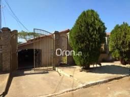 Casa com 4 dormitórios à venda, 250 m² por R$ 250.000,00 - Vila Jardim São Judas Tadeu - G