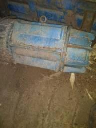 Bomba submersa Geremias Motor 50 CV Vazão 50 cm Funcionado perfeitamente