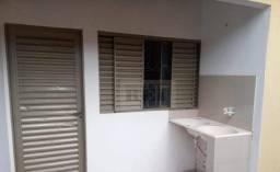 Kitnet com 1 dormitório para alugar, 20 m² por R$ 550,00/mês - Setor Universitário - Rio V