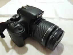 Canon t2i com duas lentes