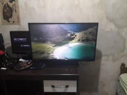 TV Semp Toshiba LED 39 Polegadas