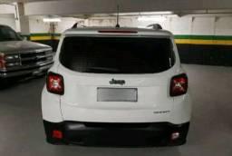 Carro Jeep