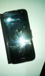 Vendo celular Samsung Galaxy j5 pró de 32 GB de memória