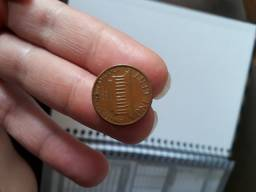 Moeda one cent 1982 d smal date