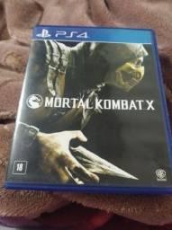 Estou vendendo jogo PS4 original motal Kombat .