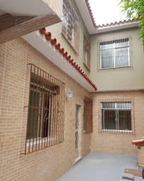 Apartamento todo reformado, 3 quartos, Catumbi, sem condomínio