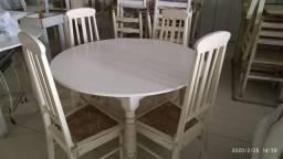 Jogo mesa com 4 cadeiras
