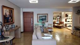 Apartamento de 280 M², com 3 Quartos sendo 2 suítes com closet