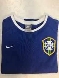 Título do anúncio: Linda Blusa Nike Seleção Feminino tam. M