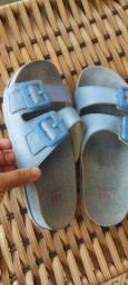 Vendo sandália feminina sandalia