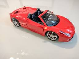 Miniatura Ferrari 458 Spider escala 1/24 - 18cm