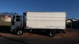Título do anúncio: Ford Cargo refrigerado  815 E mecânica 100% pneus bons