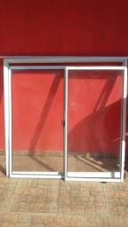 Vende_se janelas em alumínio novas