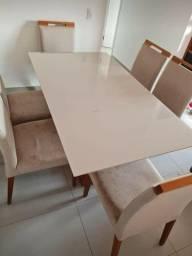 Título do anúncio: Vendo Mesa de Jantar (Casa Verde) Tampo de vidro e 6 cadeiras