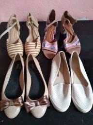 4 pares de calçados número 39.