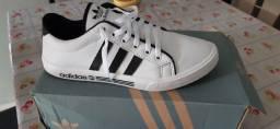 Tênis Adidas usado 1×