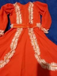 Título do anúncio: Vestido de prenda tamanho 4, último!