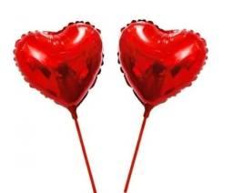 15 Balões Metalizados Coração Vermelho Centro Mesa + Varetas