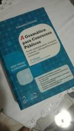 Livros português e matemática para concurso