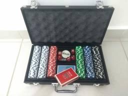 Kit Maleta Poker 300 fichas