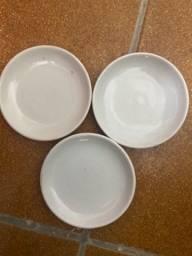 Título do anúncio: 318 Mini pratinhos de porcelana