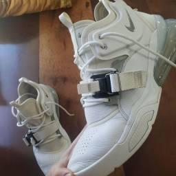 Tênis Nike airforce 270
