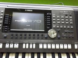 Teclado Yamaha psr s970 seme novo