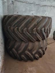 Vendo pneus 30.5.32 2 unidades