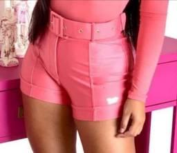 Short Nathalia Freitas com cinto tamanho (P)