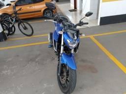 Motocicleta Fazer 250 CC