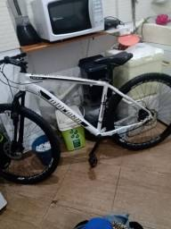 Bike de trilha nova