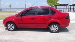 Ford Fiesta Sedan 1.0 8v Top - 2006