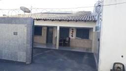 Casa Residencial no bairro Santa Amália