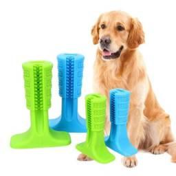 Brinquedo que ajuda a limpar os dentes do cachorro