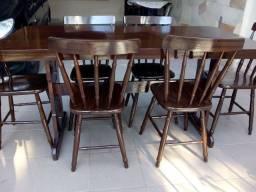 Mesa com extensão e 6 cadeiras tudo madeira maciça 950