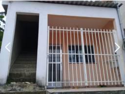 Casa em Muriqui com terraçoe área para construir