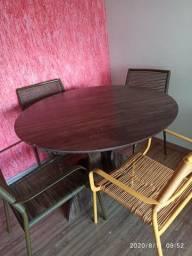 Mesa redonda madeira