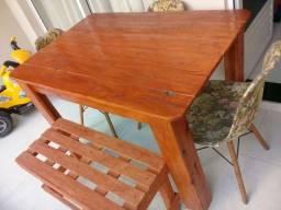 Mesa + banco+ cadeiras