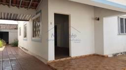 Casa à venda com 3 dormitórios em Centro, Pirassununga cod:10131740