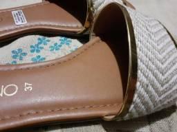 Rasteirinha e sandália