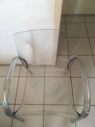 Cadeira acrílico