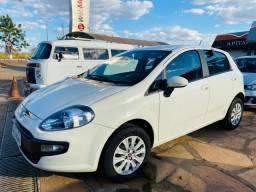 Fiat Punto Attractive 2016 Semi novo
