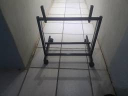 Vende-se rack pra mesa de som