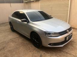 VW Jetta 2.0 TOP