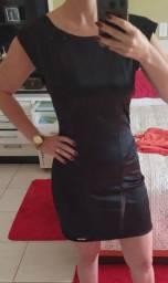 Vestido cetim preto
