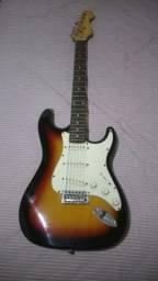 Guitarra Memphis Stratocaster (Usada)
