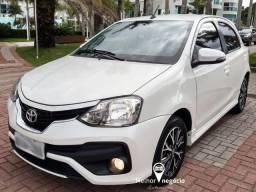 Toyota Etios Platinum HB 1.5 Flex Aut. Branco