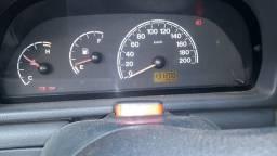 Título do anúncio: Uno 2006 muito nova aceito troca em carro